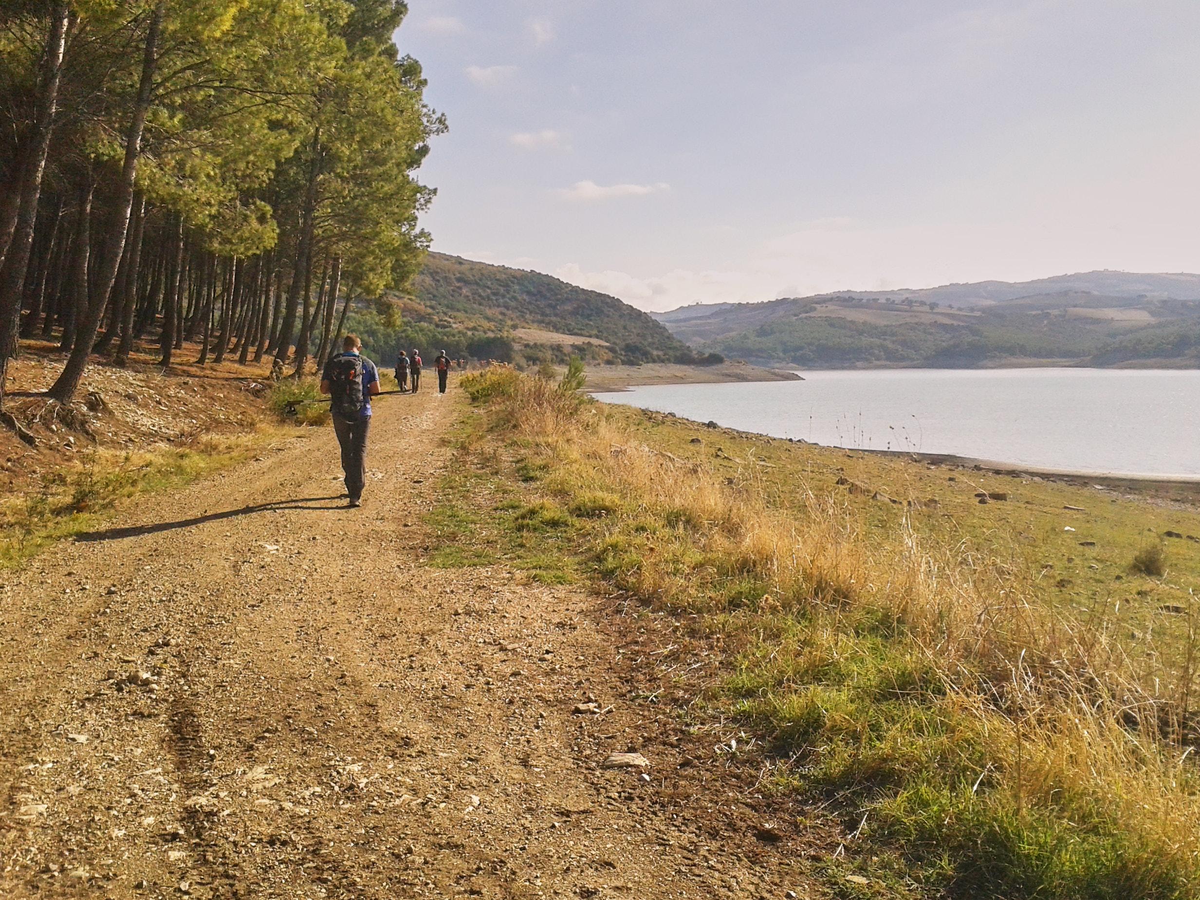 trekking lago di guardialfiera campobasso molise