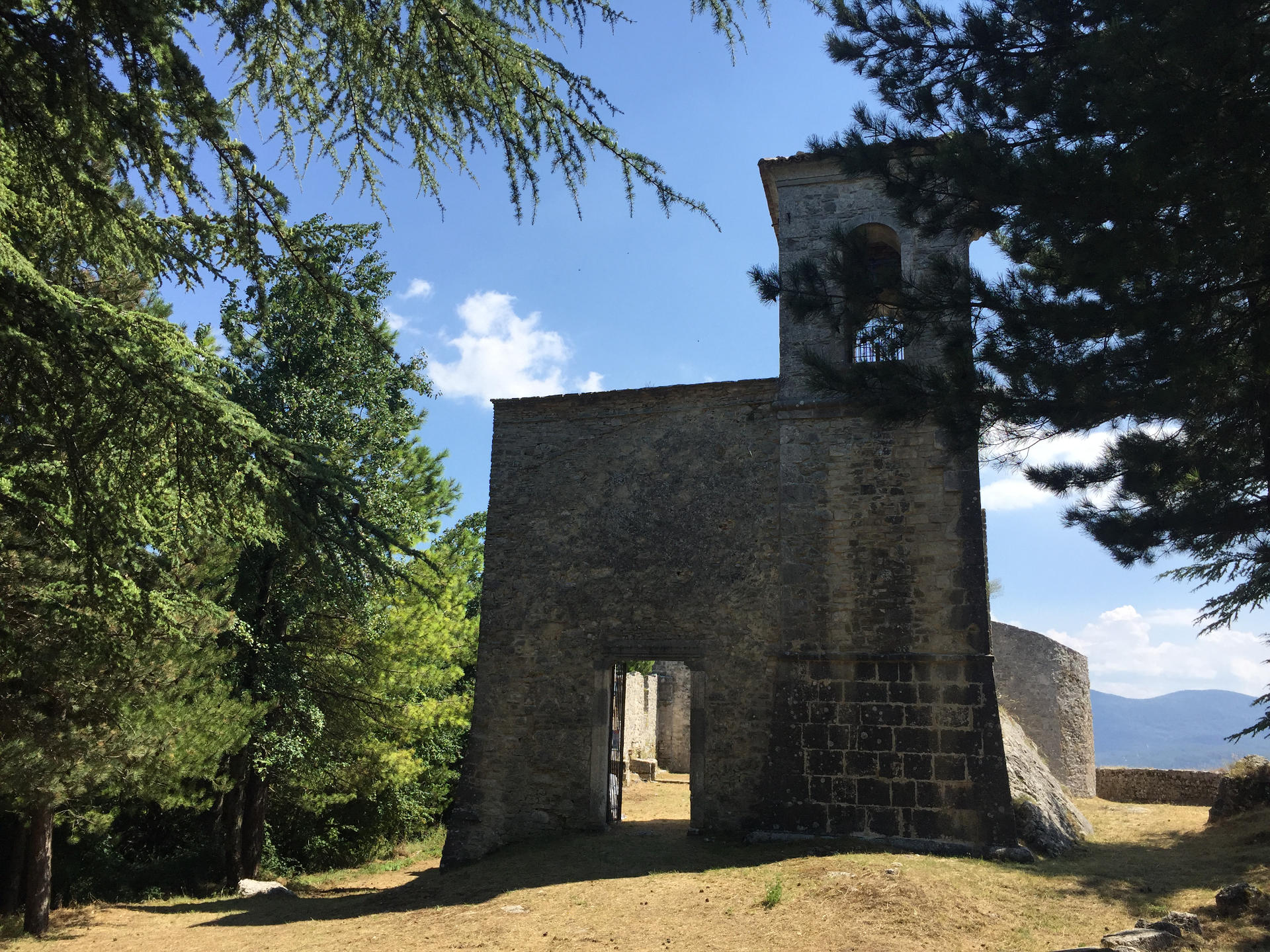 chiesa castiglione di carovilli isernia molise